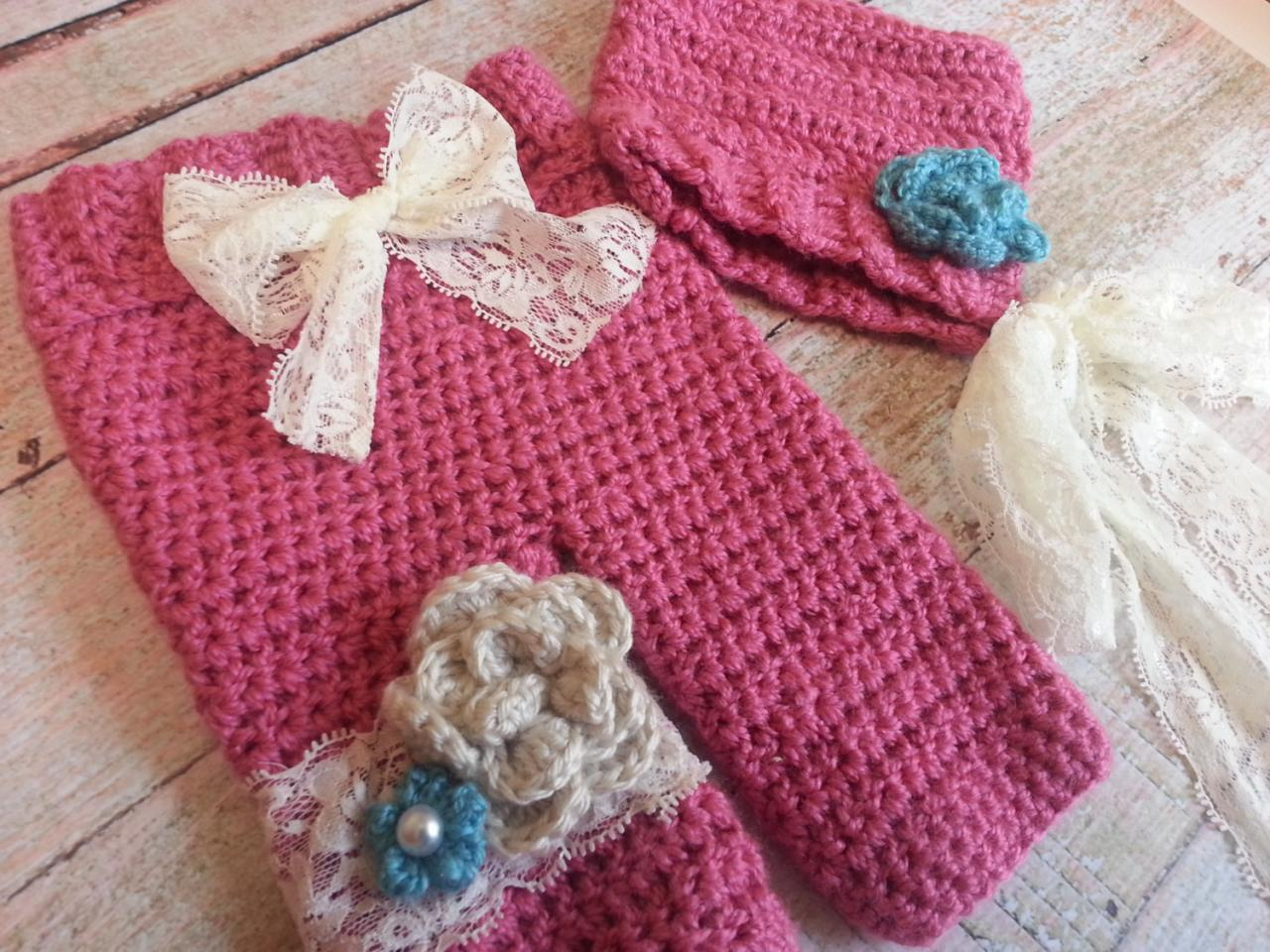 Pixie bonnet and pant set with lace and flowers/photo prop/crochet